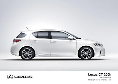 Lexus CT200h.10