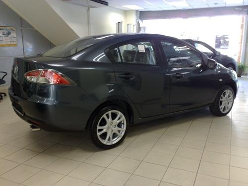 Mazda2 Sedan004