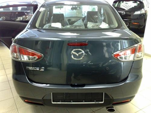 Mazda2 Sedan006