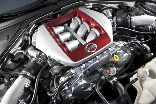 Nissan GT-R 2011.01