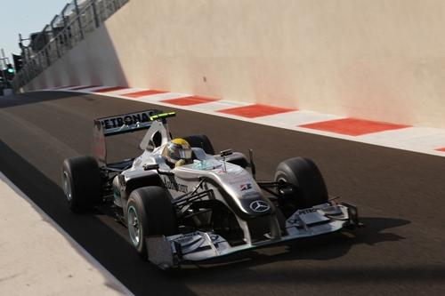 Mercedes GP Petronas Abu Dhabi 2010.03