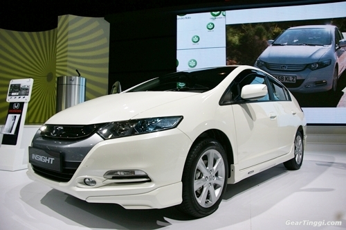Honda Insight.46