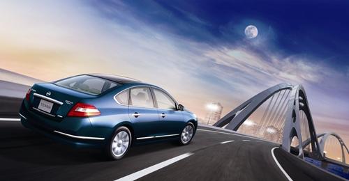 Nissan Teana 2010.09