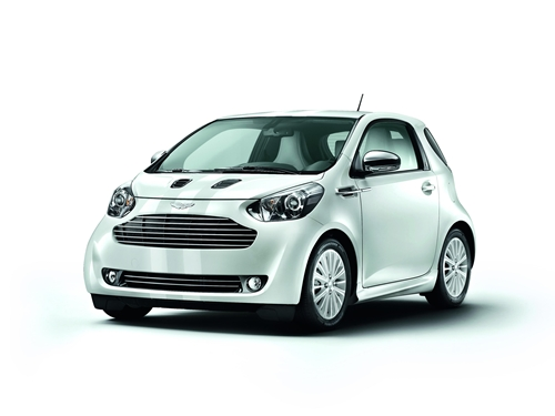 Aston Martin Cygnet White and Black.04