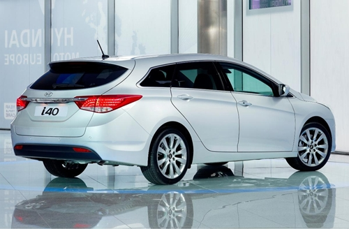 Hyundai i40 2011.02