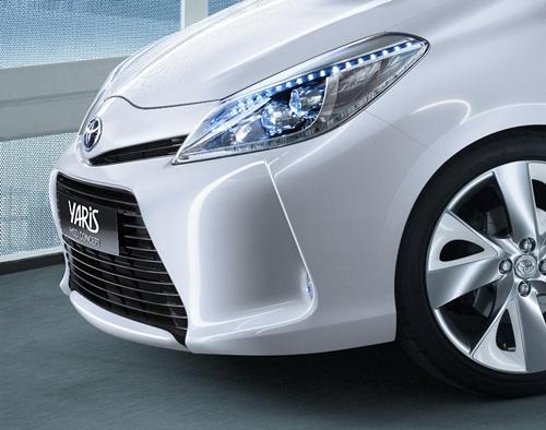 Toyota Yaris HSD Concept.01