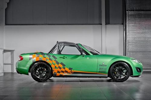 Mazda MX-5 GT 2011.05
