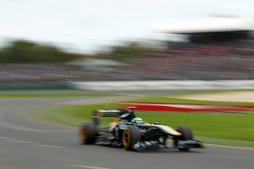 Team Lotus F1 Melbourne 2011.01