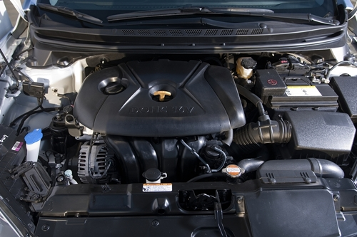 Hyundai Elantra 2011.06