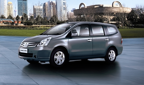Nissan Grand Livina 2011.01