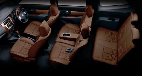 Nissan Grand Livina 2011.02