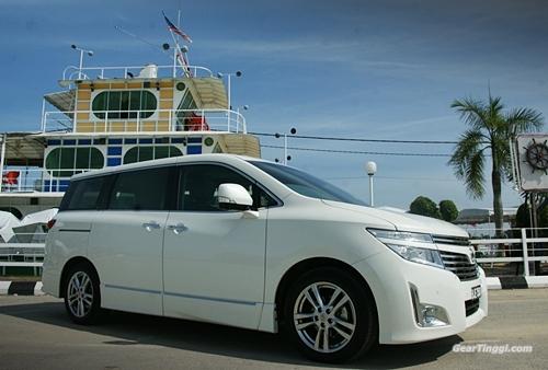 Nissan Elgrand 2013.12