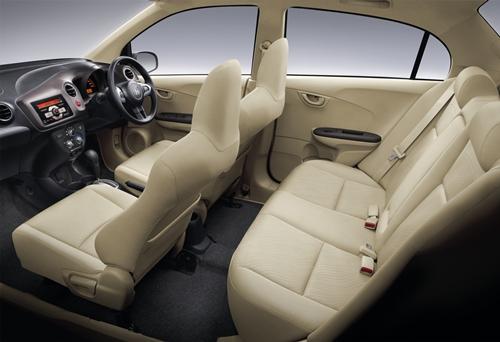 Honda Brio Amaze 2013.08