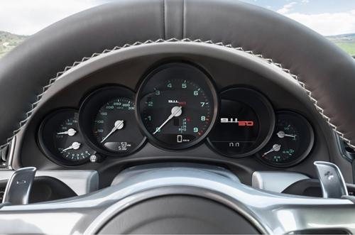 Porsche 911 50 Years Edition 2013.05
