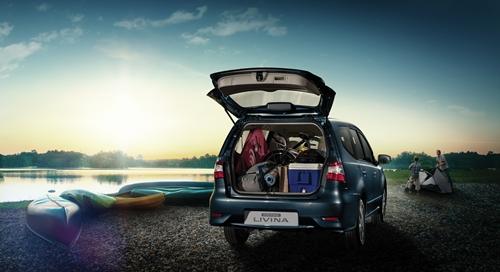 Nissan Grand Livina 2013.03