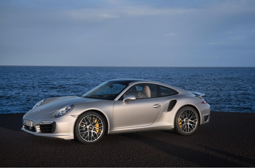 Porsche 911 Turbo 2013.07