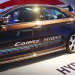 Toyota Camry Hybrid 2013.04