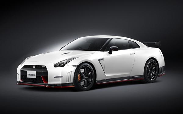 Nissan GT-R Nismo 2014.04