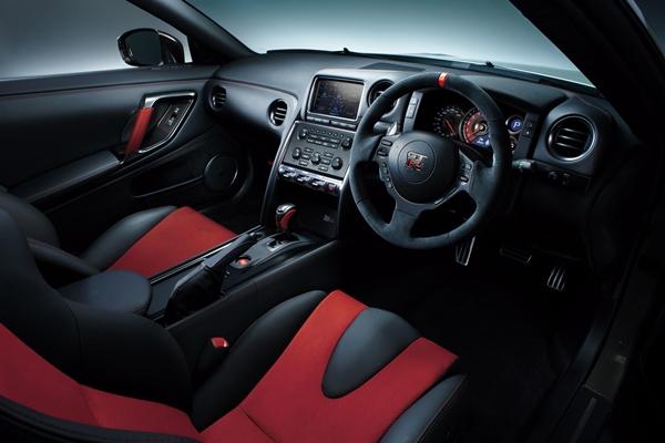 Nissan GT-R Nismo 2014.16