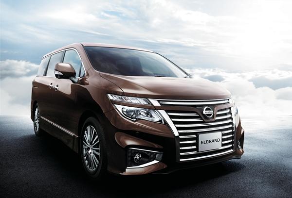 Nissan Elgrand 2014.04