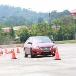 09 Nissan Safety Driving Experience_Slalom