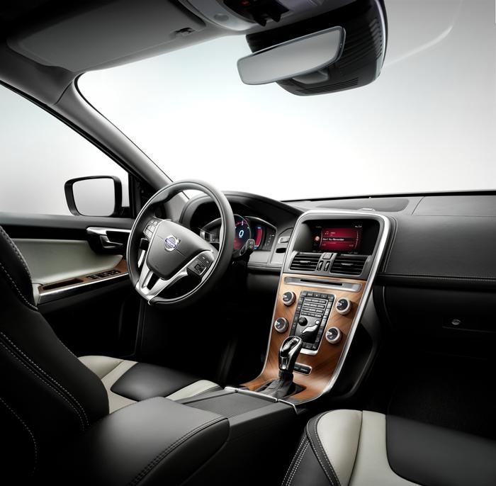 Volvo XC60 T6 2014.15