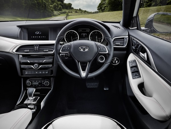 Infiniti Q30 SECOND IMAGE image 4k - 1 Sept 2015