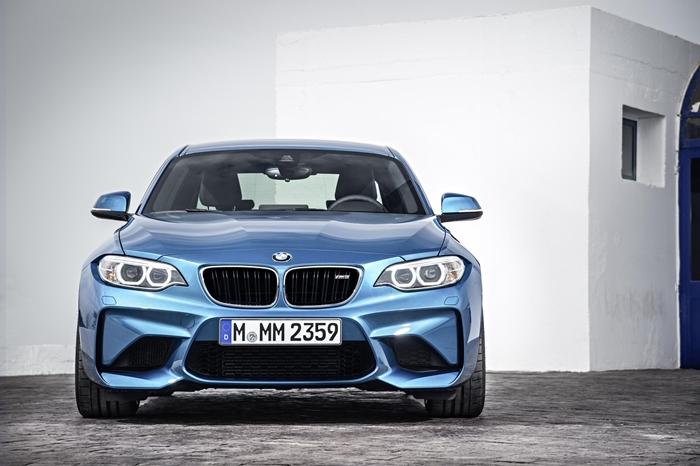 BMW M2 2015.09