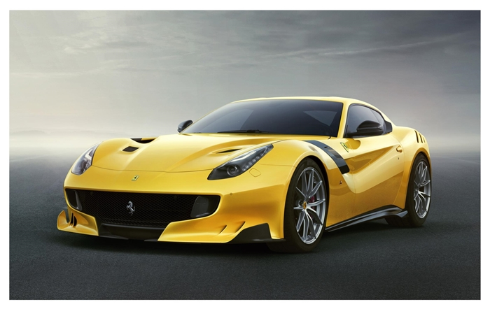 Ferrari F12tdf 2015.05