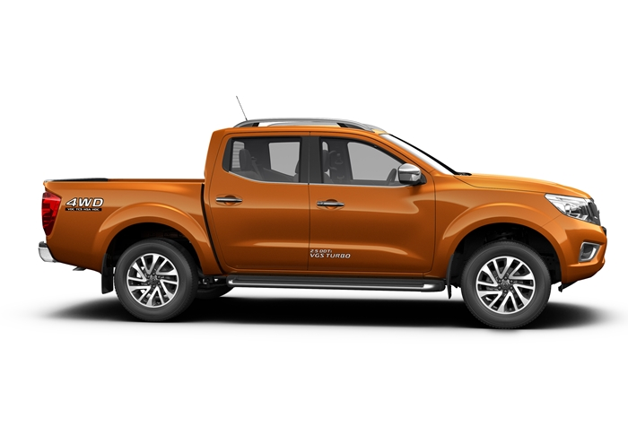 Nissan Navara Launch 2015.02