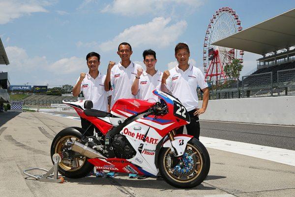 Satu HATI Honda Team Asia (Kiri ke kanan) - Zaqhwan Zaidi, Dimas Ekky Pratama, Ratthapong Wilairot, dan Makoto Tamada.